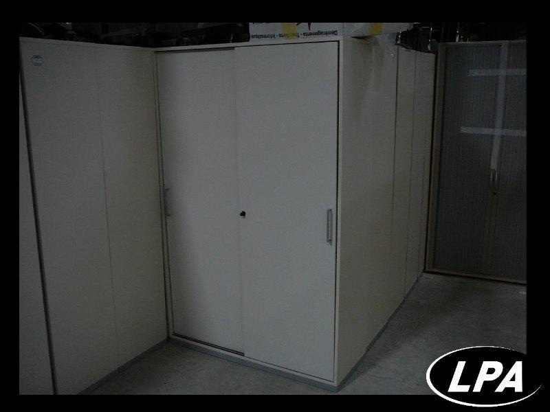 armoire m tallique porte coulissante armoire haute armoires lpa. Black Bedroom Furniture Sets. Home Design Ideas