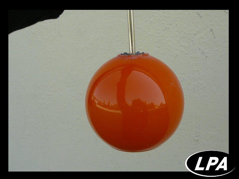 Suspension boule orange design 70 mobilier design for Suspension boule design