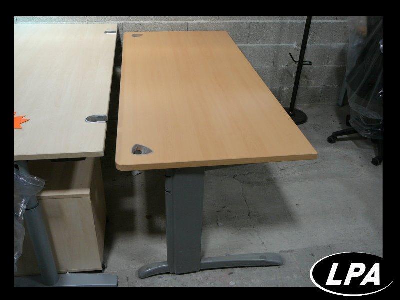 bureau caisson steelcase strafor bureau mobilier de. Black Bedroom Furniture Sets. Home Design Ideas
