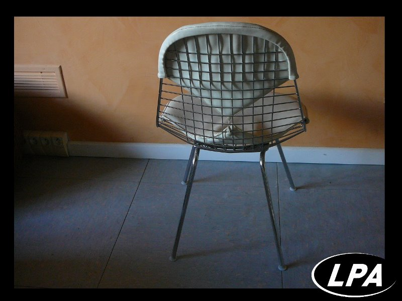 Chaise dkr 2 charles eames mobilier design mobilier de for Charles eames chaise bureau