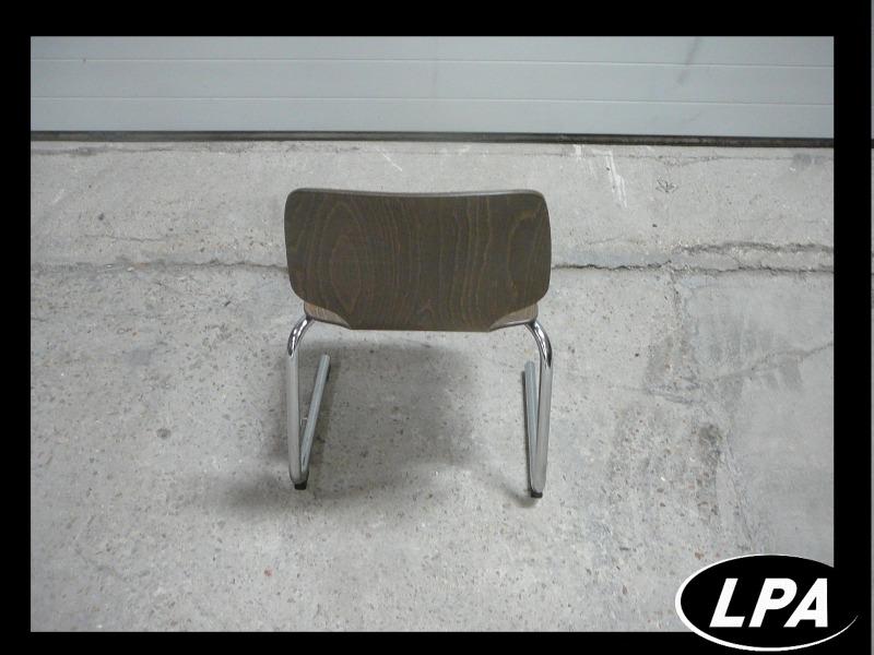 chaise empilable pli emarron pas cher chaise mobilier de bureau lpa. Black Bedroom Furniture Sets. Home Design Ideas