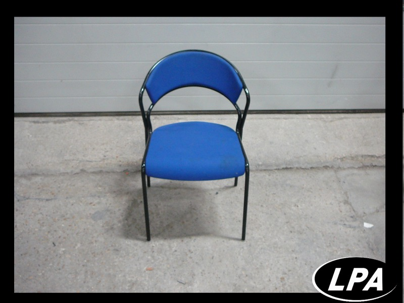 Chaise Chaise Empilable Bleue 2