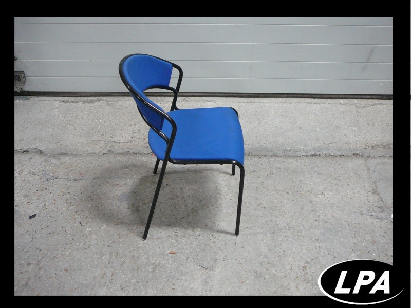 Chaise Chaise Empilable Bleue 3