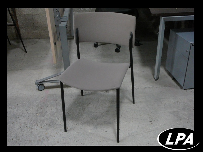 Chaise visiteur d 39 occasion chaise mobilier de bureau lpa Mobilier de bureau occasion