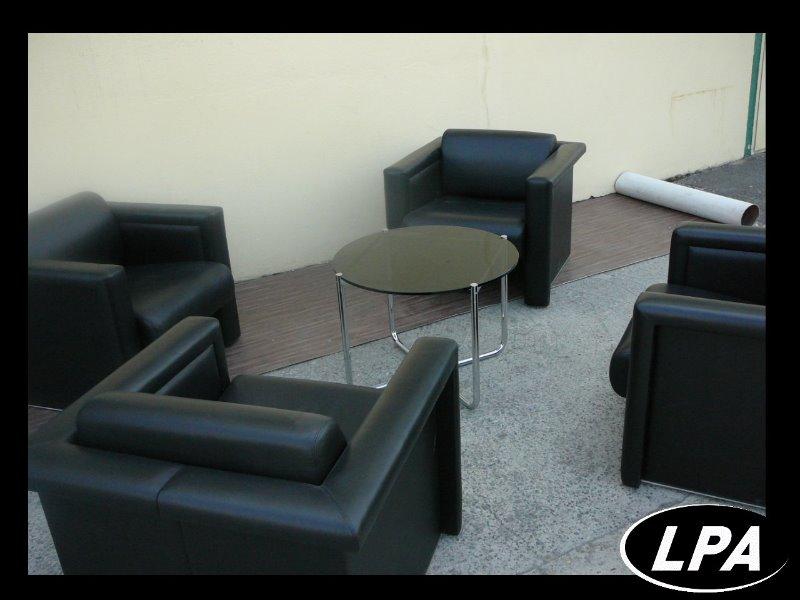 Fauteuil haussman knoll mobilier design mobilier de for Mobilier design fauteuil