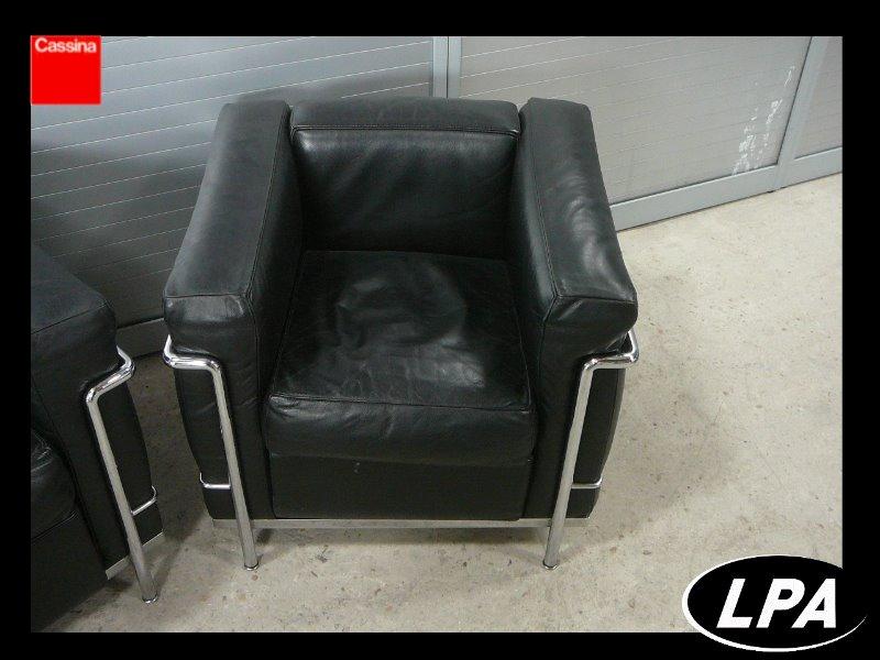 fauteuil le corbusier mobilier design mobilier de. Black Bedroom Furniture Sets. Home Design Ideas